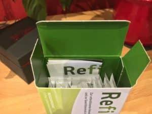 Die Verpackung mit den Refigura Sticks